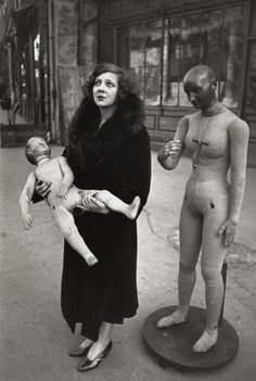 """hauntedbystorytelling: """" Henri Cartier-Bresson :: Italian artist Leonor Fini, Paris, / more [+] by this photographer related image of L. Fini by HCB, here """" Henri Cartier Bresson, Harlem Renaissance, Eugene Atget, Magnum Photos, Pablo Picasso, Candid Photography, Street Photography, Documentary Photography, Vintage Photographs"""