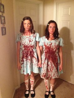 The Grady Twins | 30 Unconventional Two-Person Halloween Costumes Scary Doll Costume, Halloween Costumes With Friends, Scary Halloween Makeup, Halloween Costumes For Teens Girls, Sister Costumes, Fancy Dress Costumes For Women, Partner Costumes, Teen Girl Costumes, Horror Halloween Costumes