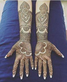 Punjabi Bridal Mehndi Designs New Mehndi design Images Wedding Henna Designs, Indian Henna Designs, Latest Bridal Mehndi Designs, Henna Art Designs, Mehndi Designs 2018, Unique Mehndi Designs, Dulhan Mehndi Designs, Beautiful Henna Designs, Mehandi Designs