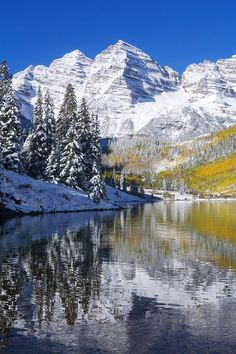 Colorado Near Aspen Landscape Of Maroon Lake And On Maroon Bells In Distance Early Snow Canvas Art - Ron Dahlquist Design Pics x Aspen Landscaping, Backyard Landscaping, Landscaping Ideas, Places To Travel, Places To See, Travel Destinations, Aspen Colorado, Pikes Peak, Winter Scenes