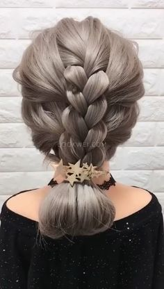 lange haare videos A beautiful hairstyle for a woman Cool Braid Hairstyles, Up Hairstyles, Pretty Hairstyles, Hairstyle Braid, Wedding Hairstyles, Medium Hair Styles, Curly Hair Styles, Braiding Your Own Hair, Hair Upstyles