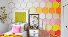 Invista em ideias criativas com molduras de quadros velhos para repaginar o décor de sua casa ou para deixar o seu dia a dia muito mais facilitado. E há