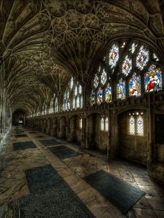 The cloister of Gloucester Cathedral, England, was built in century. Each crevice of the cathedral was detailed with care and exaction. Gothic Architecture, Beautiful Architecture, Beautiful Buildings, Beautiful Places, Amazing Places, Abandoned Churches, Old Churches, Abandoned Places, Places Around The World