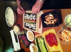 Twee uurtjes verder... Sushi-time!