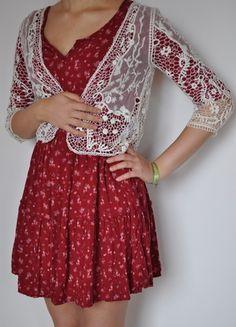 Kaufe meinen Artikel bei #Kleiderkreisel http://www.kleiderkreisel.de/damenmode/blusen/117436716-susses-weisses-jackchen-mit-spitze