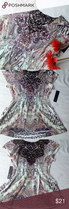NWT Cutout Pleated Top by Apt.9 NWT Pleated and cutout Top by Apt.9. Darling stretchy with beautiful patterns and metallic accents in the front, From Kohls Apt.9 Tops Blouses