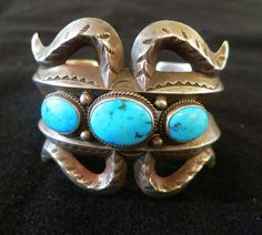 Bracelet Navajo Sandcast  With Three Stones - Old Pawn Jewelry