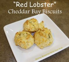 Knock Off Red Lobster Cheddar Bay Biscuits {Secret Recipe Club} - Making Memories With Your Kids