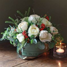 The Real Flower Company Christmas Scented Snowflake Ivory Hat Box Arrangement