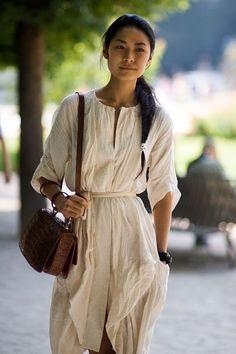 lovely dress, street style