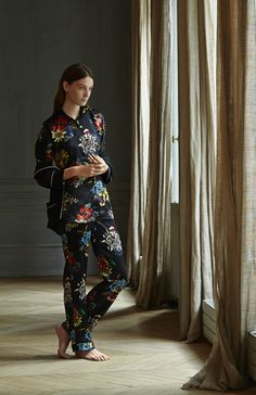 Raphaëlla Riboud > bedtime stories, more here http://www.zoemagazine.net/21396-raphaella-riboud-bedtime-stories