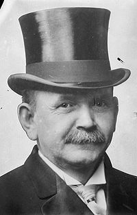Top Hat: known by many other names such as high hat and chimney pot hat. The top hat was popularly worn in the 18th to the 20th century. It was associated with only being worn by upper classes as a formal wear hat. It was also known to be worn by certain servants such as a personal driver or a doorman, after World War 2 it became less popular and was mainly worn by politicians and magicians.