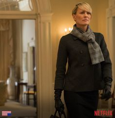 cLaire underwood | House of Cards' Season 4 Spoilers: Claire Officially Leaves Frank in ...