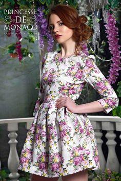Платье с мелким цветочным принтом в интернет магазине платьев