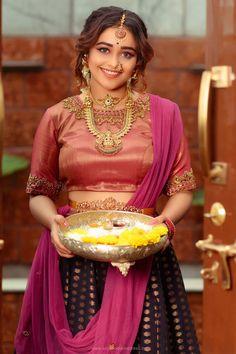#dhanushree #southindianactress #kannadaactress #kannadagirl #sandalwoodactress #modelphotoshoot #modelphotography #southindianmodel #traditionalwear #traditionaldress #fashion Kannada Actress Photograph KANNADA ACTRESS PHOTOGRAPH | IN.PINTEREST.COM FASHION EDUCRATSWEB