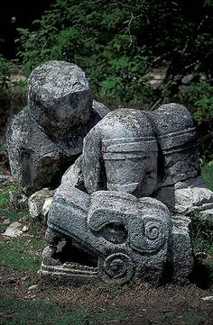Photography gallery of Chichén Itzá, Fotos de Chichén Itzá. Aztec Patterns, Tikal, Photography Gallery, Art And Architecture, Travel Pictures, Statues, Art Reference, Garden Sculpture, Detail