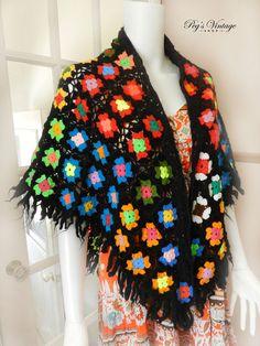 Flower Granny Square Women's Wool Poncho / Shawl, Black / Multi Colored Crochet Fringe Shawl Sweater, Vintage Hippy Cape Knit Poncho