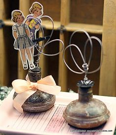 How to make recycled handle photo holders · Recycled Crafts | CraftGossip.com