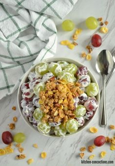 This Creamy Grape Salad recipe, with hints of maple and a crunchy cereal topping, is a simple and delightful brunch side dish or afternoon snack! Grape Salad, Cobb Salad, Afternoon Snacks, Unique Recipes, Food To Make, Side Dishes, Brunch, Kitchen, Cuisine