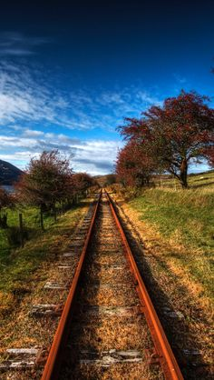 Cute Baby Girl Wallpaper, Blur Background Photography, Train Truck, Ferrat, Old Trains, Train Journey, Jesus Pictures, Autumn Photography, Railroad Tracks