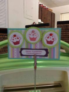 Cupcakes tarjetas infantiles personalizadas