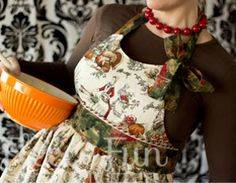 Mom's Thanksgiving Apron - Your go-to project for this holiday season, whether as a DIY gift or an indulgent present for yourself.