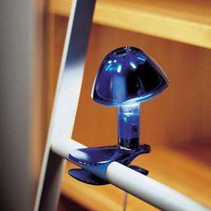 DESCUENTOS - OFERTAS - OUTLET Lámpara azul sobremesa pinza lectura. #iluminación #decoración