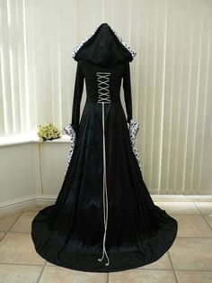 Back of a gothic wedding dress I would love to have