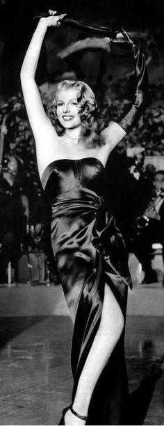 Rita Hayworth ✾