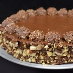 #ferrero #roche #cake! Deliziosa questa #torta! Perfetta per gli amanti del #cioccolato!