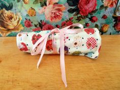 Check out this item in my Etsy shop https://www.etsy.com/uk/listing/269686669/multicoloured-sheep-crayon-roll-pencil