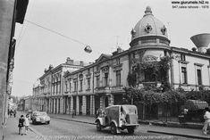 danperry - Uranus-Antim-Rahova neighborhood before Ceausescu demolition, Bucharest 1978 - Dan Vartanian photos Vintage Architecture, Bucharest Romania, Old City, Old Pictures, Chile, The Neighbourhood, Places To Visit, Cinema, Street View