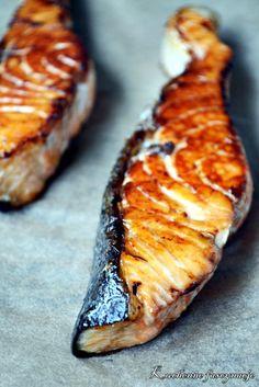 Łosoś marynowany w sosie sojowym. Salmon marinated in soy sauce. Soy Sauce, Salmon, Fish, Meat, Pisces, Atlantic Salmon, Bean Dip, Trout