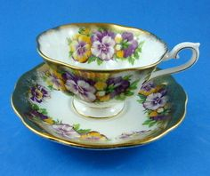 Heavy Gold Edge with Purple Pansy Royal Albert Tea Cup and Saucer Set