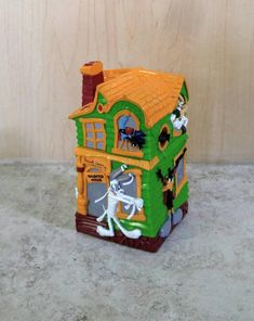 Looney Tunes Halloween Bank  Russell Stover Haunted House Spooky Mansion Coin Bank 1997 Bugs Bunny Daffy Duck Tweety Bird Halloween Decor by KarmaKollectibles on Etsy https://www.etsy.com/listing/544658416/looney-tunes-halloween-bank-russell