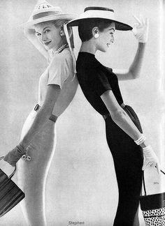 hera style - vintage fashion black and white Sunny Harnett dovima models vogue retro fashion Vintage Vogue, Vintage Glamour, Vintage Beauty, Vintage Ladies, Moda Retro, Look Girl, Vintage Fashion Photography, Looks Black, 1950s Fashion