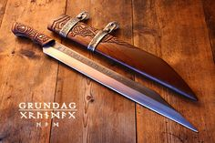 Forged by David DelaGardelle, this sax is a mix of two nordic sax styles, the grip reflects early migration period sax handles and the broken backed blade reflects later viking scramaseax blades.  steel type: 1085 high carbon  Handle wood: aged Walnut  OAL: 22 inches  blade length: 17 inches  blade width: 1 ¾ inches.