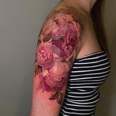 Peony Flower Tattoos, Beautiful Flower Tattoos, Peonies Tattoo, Pretty Tattoos, Badass Tattoos, Up Tattoos, Time Tattoos, Sleeve Tattoos, Avatar Tattoo