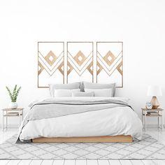 €49,95 #decoracion #madera #decoracionmadera #interiorismo #salon #casa #decorar #pared  Con nuestros Mabuis de cabeceros puedes decorar con ellos tu salón, habitación o salas más íntimas. Están fabricados artesanalmente en madera natural, revestida sobre fresno y acabada en un tono nogal. Decoración perfecta para tu casa. Master Room, Bedroom, Furniture, Home Decor, Decorating Rooms, Walnut Finish, Alcove, Home, Ethnic
