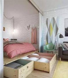 Best modern small apartment interior design and decoration ideas: Beautiful Bedroom Arrangement For 45 Square Meters Apartment Creative Bed Design Simple Space Saving Bed Design For Small Studio Apartment Furniture Organizing Ideas Interior, Home Bedroom, Bedroom Storage, Tiny Bedroom, Bedroom Design, Home Decor, House Interior, Studio Apartment Decorating, Interior Design