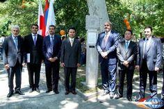 Piedra de la paz de Hiroshima instalado en Ereván