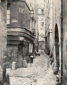 Marville Paris Photos by tenlittlebullets. Charles Marville's photos of Paris streets about to be obliterated in the Haussmann renovations, 53 pho. Vintage Pictures, Old Pictures, Old Photos, Paris Photography, Vintage Photography, Paris Ville, Paris Rue, Paris 1900, Saint Louis