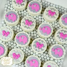 Baby shower chocolate covered Oreos <3