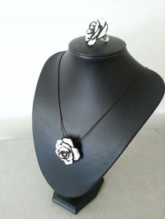 Rose necklace 20 ,00 € / rose ring 15, ,00€