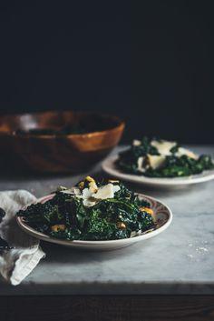 Kale Caesar Salad Kale Recipes, Great Recipes, Favorite Recipes, Healthy Recipes, Savoury Recipes, Healthy Food, Recipies, Kale Caesar Salad, Kale Salad