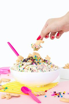 "The Ultimate DIY ""Dunkaroos"" Dip Recipe"