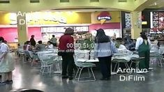 Gente en Shopping de Bs As - Escalera mecanica - Patio de comidas 2000 + @dailymotion