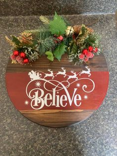 Christmas Canvas, Christmas Door, Rustic Christmas, Christmas Wreaths, Wooden Door Signs, Diy Wood Signs, Custom Wood Signs, Cricut Projects Christmas, Vinyl Wood