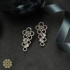 Check out these pretty Indian diamond earrings designs online by the brand Manubhai Jewellers. Jewelry Design Earrings, Gold Earrings Designs, Ear Jewelry, Necklace Designs, Gold Jewelry, Pendant Earrings, Designer Earrings, Real Diamond Earrings, Diamond Necklace Set