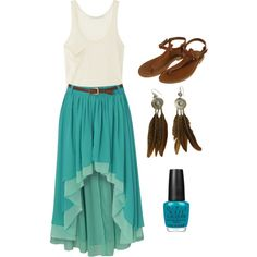 This is one of the few high and low skirts that I love.  Love this outfit.